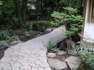 良覚院丁庭園
